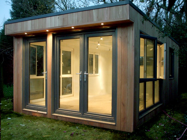 The shed builder bespoke sheds outhouses garden rooms for Large garden studio